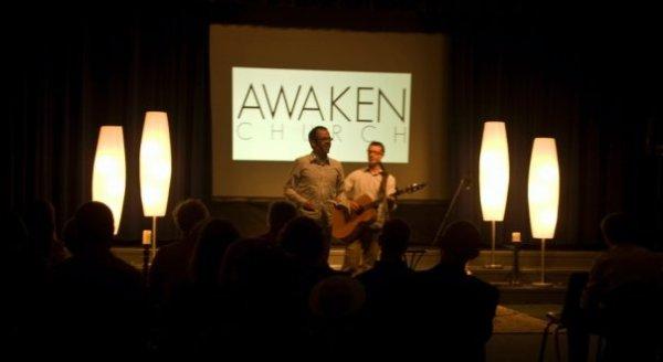 awaken-stage-set-2